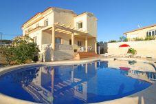 Villa in Calpe / Calp - Eike